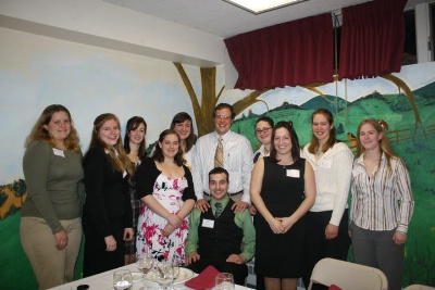 Cornell Chapter Hosts Faculty Dinner